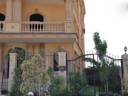 شقة للبيع بالشيخ زايد شقة ١٨٢م بجوار مول العرب