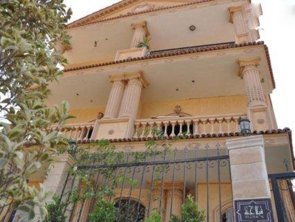 فى الشيخ زايد للبيع شقة 182م بجوار مول العرب