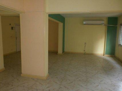 شقة 140م  للبيع متفرعة من عباس العقاد 530 الف
