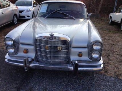 Mercedes 280SE  2Door Hardtop