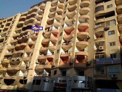 شقة للبيع فى شارع  فيصل العمومي  فى موقع مميز