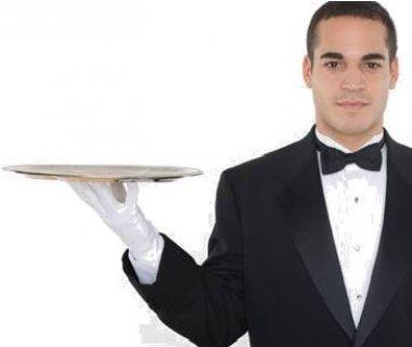 لكبرى المطاعم المشهورة  تطلب كابتن صالة براتب 1200 + تيبس