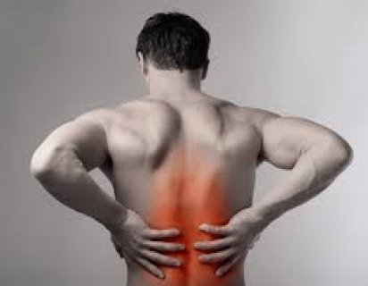 مساج لعلاج آلام الظهر و الرقبة والترابيس والأكتاف والعمود الفقرى