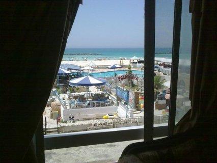 شقة مفروشة للإيجار على البحر مباشربالعجمي شاطئ النخيل الأسكندرية