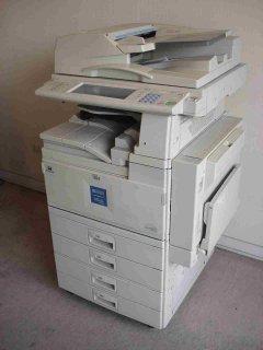 ماكينات تصوير ريكو 1035 للبيع