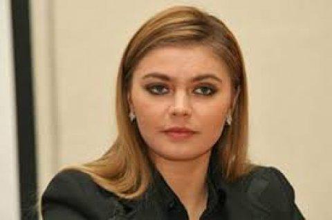انا بنت حلال وجادة في الزواج وصادقة ومحترمة
