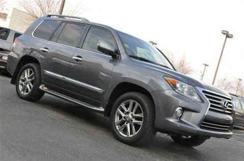 For Sale A Fairly Used 2013 Lexus LX 570 Base Full Option