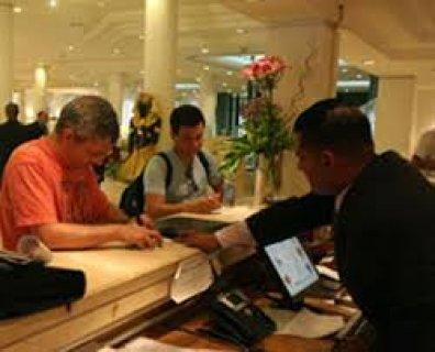 مطـــلوب موظفين استقبال خرجين سياحة و فنادق للسعودية مقابلة غذا