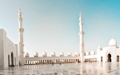 عمرة النصف الأول من رمضان بـرى مـ البسمة الذهبية ـن بـ6500ج