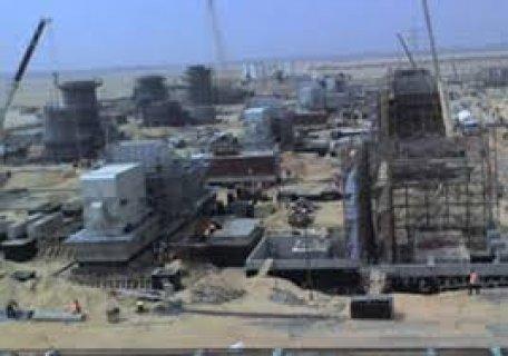 مصانع ببرج العرب