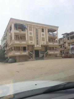 شقة بقرية راس البر زمان