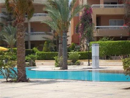 ايجار شاليهات ارضى على حمام السباحة مباشرة 01069686646