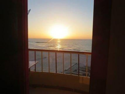 شقة مصيف للإيجار بالإسكندرية إطلاله مباشرة على البحر