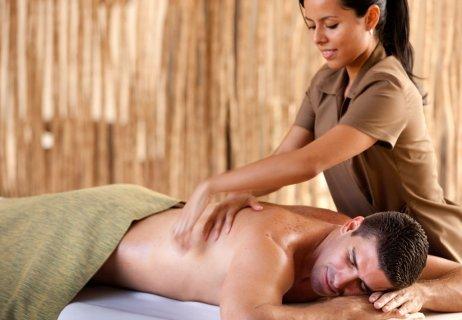 جلسة مساج بايدى مدربات متخصصات فى فك عضلات جسمك المشدودة