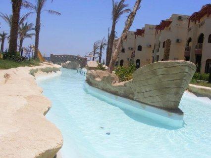 شاليه للبيع 115 م 3 غرف وريسبشن على البحر بلاسيرينا الساحل