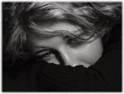 ابحث عن رجل لا يلعب بمشاعر الاخرين ويخاف الله