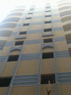 شقة للبيع - شارع الخمسين - النزهة 2