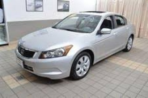 Silver Honda accord 2008. Second hand with a good