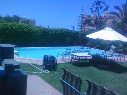 للايجار فى مارينا فيلا بحمام سباحة خاص ترى البحر 01100024395