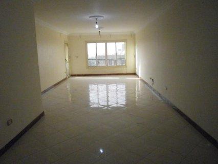شقة 180م للإيجار سكني أو تجاري بمصطفى النحاس الرئيسي
