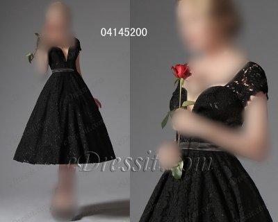 فستان أسود كلاسيكي للبيع