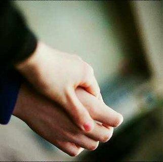 أريد شاباً يخاف الله سبحانه وتعالى مثقف وذو خلق ودين
