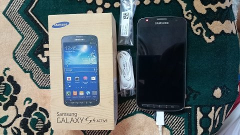 سامسونج جالكسي S4 أكتيف GT-I9295 (16 جيجابايت, LTE )