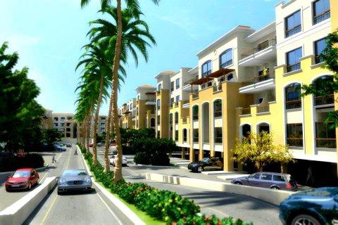 شقة 175م دور ارضى بحديقة بالقاهرة الجديدة  بالتقسيط على 5 سنوات