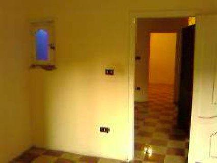 شقة للأيجار ب350ج في الشهر حدائق القبة01224924461