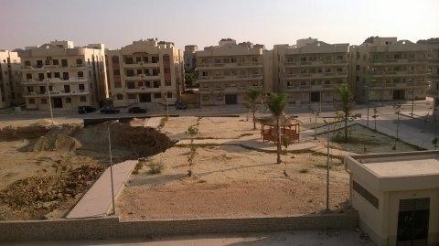 شقة 100 متر بالمقاولون العرب خلف الحي الرابع