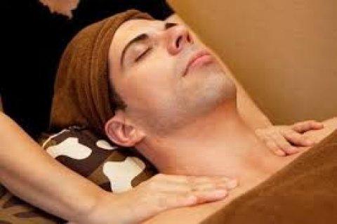 مساج يزيل الآلام - و ينشط الجسم من الكسل و الخمول   01282658924