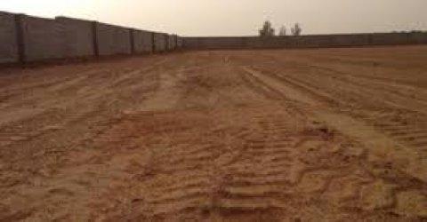 ارض للبيع بالاسكندرية على الطريق الدائرى 2500م على الاسفلت -