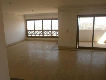 شقة 260م للإيجار بحي الواحة بمدينة نصر