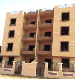 شقة 125م للبيع بالعداد+كراج بمدينة الشروق بسعرمغري