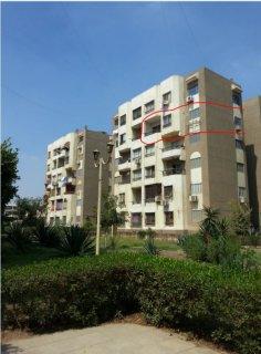 شقة 86م (للبيع لظروف خاصة)زهراء مدينة نصر بعمارات ضباط القوات ال