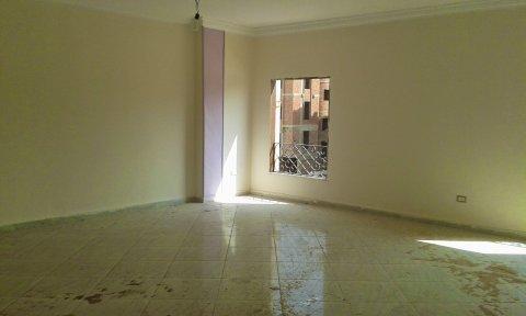 شقة للايجار 180م بالتجمع الخامس