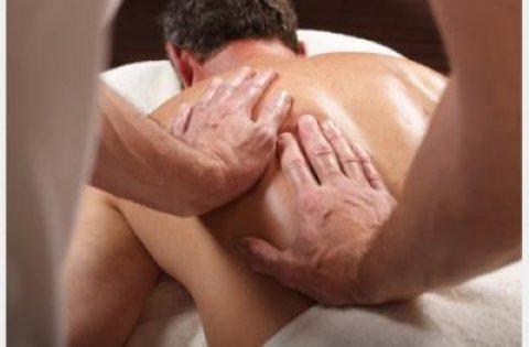 حمام تركى و إسكربات لتنظيف و تقشير البشرة و مساج ريلاكس إسترخائى