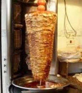 مطــلوب شيفات شاورما و طباخين و مساعدين طباخين لشركة مطاعم بالمه
