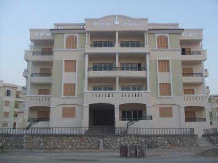 شقة للبيع أمام هيبر 1 مساحة 140 متر