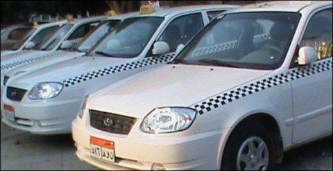 سياره فيرنا تاكسي للبيع 2009