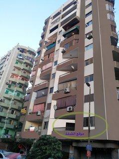شقة سوبر لوكس 125 متر مربع - فى برج قصر القبه ... 3 غرف و صالة