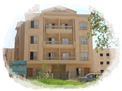 شقة استلام فورى بمدينة الشروق المنطقة الثامنة 175م امامى