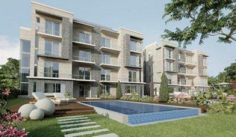 شقة ارضي بحديقة مميزة للبيع بالتجمع الخامس بالتقسيط علي 6 سنوات
