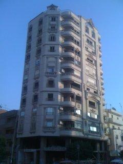 شقة 160م للبيع برج فيصل-فوق استديو هيلتون