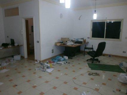 شقة 140م للإيجار بالمنطقة التاسعة بمدينة نصر