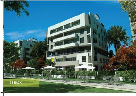شقة للبيع بكمبوند (ذا سكوير - حسين صبور ) بالتجمع الخامس مساحة