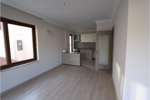 مارماريس هاتيبيريمي,شقة جديدة للبيع بمطبخ مجهز بالانجسرا,3+1غرف