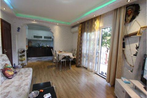 مارماريس,بالقرب من مستشفى اوهتمان شقة فاخرة وفسيحة للبيع 2+1 غرف