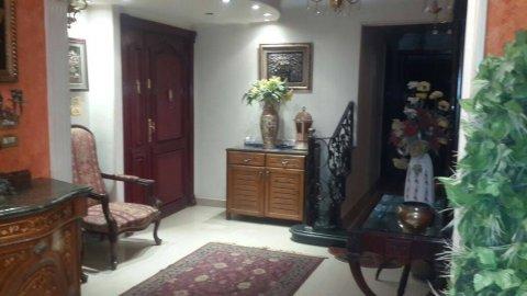 شقة 235م لبيع شارع رئيسى المطبعة الهرم 2 اسانسير