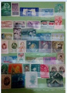 مجموعة طوابع مختلفة